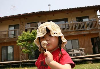 子どもが伸び伸び育つ木の家 自然素材の家 薪ストーブ ウッドデッキ(熊本 菊池市)サムネイル